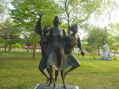 c16-Buyeo-Ville-Parc-Sculptures (1)
