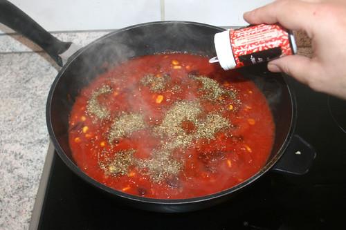 21 - Mit Cayennepfeffer abschmecken / Season with cayenne pepper
