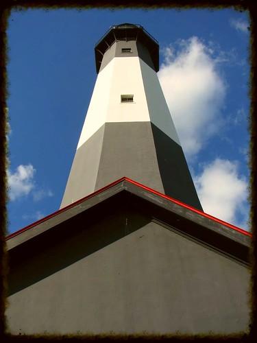 below-the-tybee-island-lighthouse