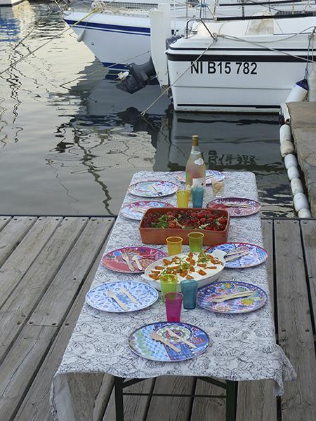 pique-nique au bord de l'eau