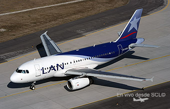 LAN A319 CC-COX (A.Ruiz)