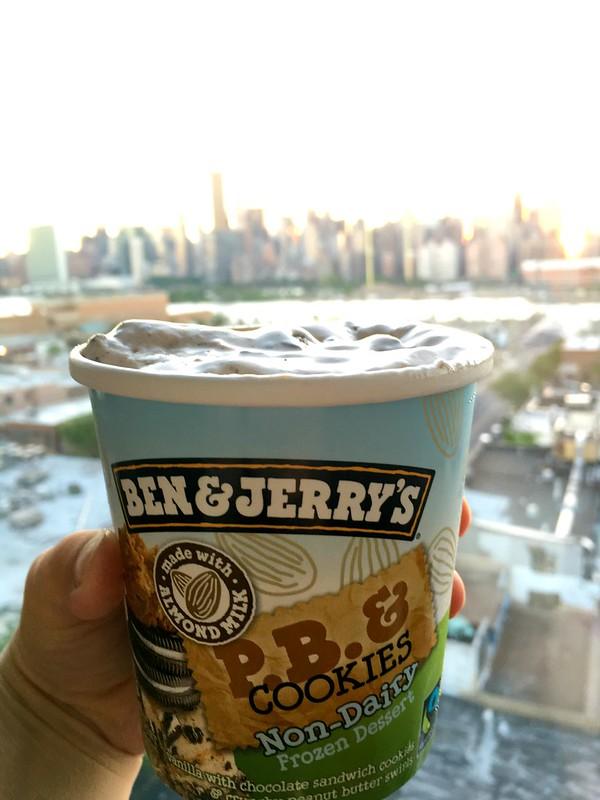 Kuva vegaanista Ben & Jerry jäätelöstä New Yorkissa