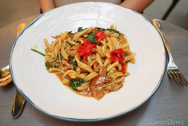 Pate Artisanal au Lapin strozzapreti pasta, braised rabbit, piquillos, spinach, shallot, lemon