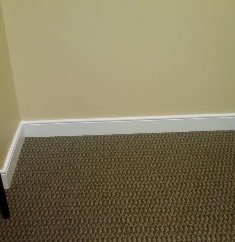 carpet baseboard dust-free
