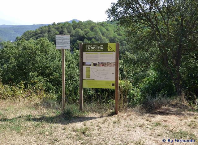 La Soleia (Sant Martí de Centelles) -06- Cartel Informativo y punto de inicio del sendero de acceso