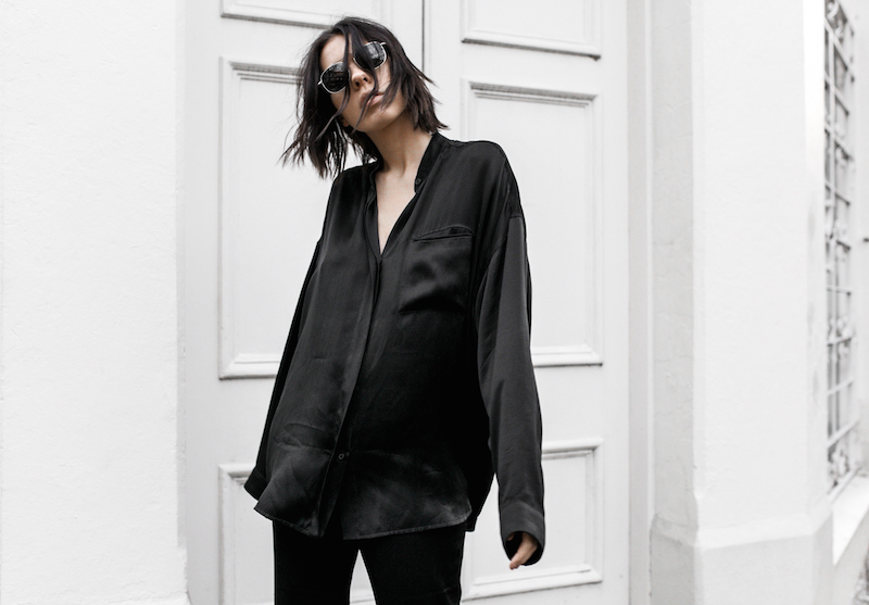 pyjama trend silk separates Ellery flares Haider Ackermann Givenchy Antigona Medium minimal all black ootd street style inspo fashion blogger modern legacy (5 of 8)