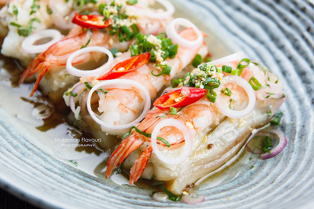 Ruyi & Lyn Bangsar prawn salad