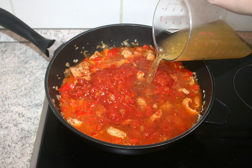 28 - Gemüsebrühe hinzufügen / Add vegetable broth