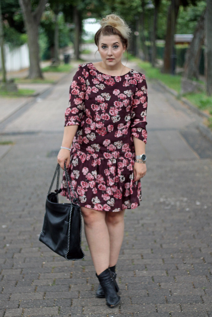 outfit-europapassage-kleid-blumen-sommer-trend-modeblog-fashionblog11