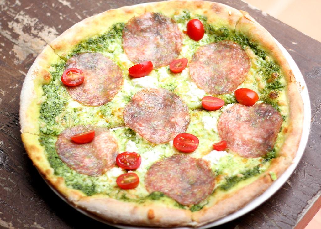 蒙多米欧披萨