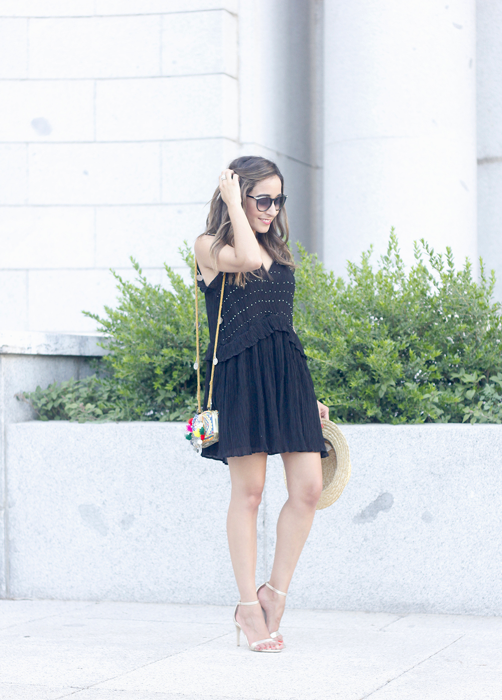 boho black canotier heels summer outfit bag with pom poms summer outfit12