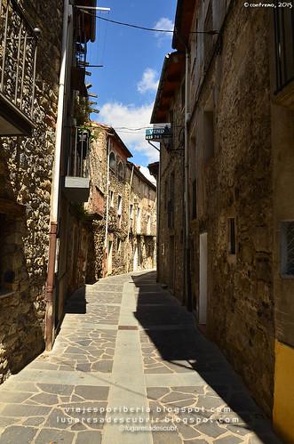 Castellfollit de la Roca (Girona, Cataluña)