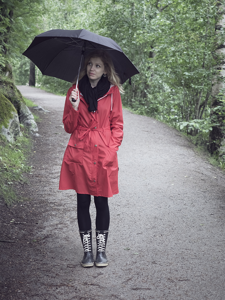 redraincoat