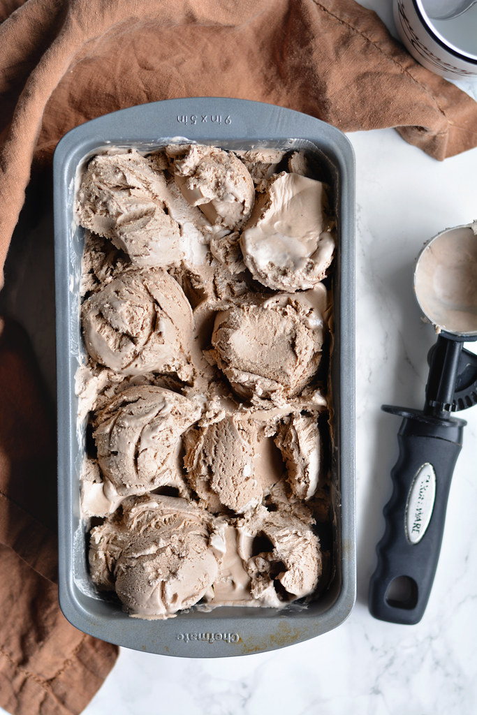 No-Churn Coffee Kahlua Ice Cream