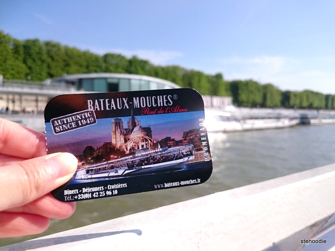 Bateaux Mouches cruise ticket