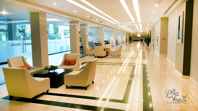 mandarin hotel bangkok lobby corridor