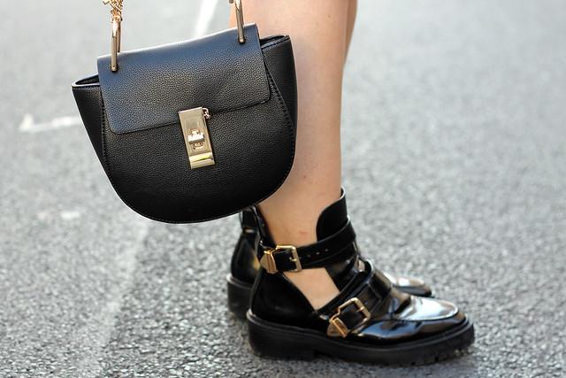 fashionpassionlove-gewinnspielwoche-outfit-look-style-offshoulder-kleid-balenciaga-lookalike-boots17