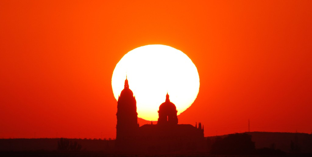 puesta de Sol tras las catedrales de Salamanca 20-07-2016