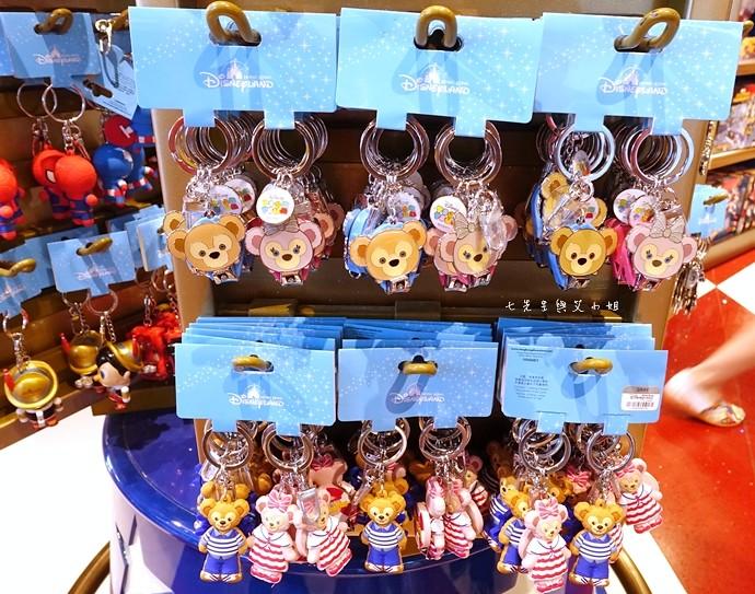 27 香港機場 迪士尼奇妙店 買達菲熊免進迪士尼樂園