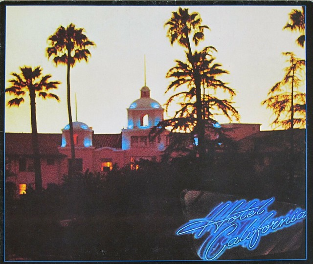 "THE EAGLES HOTEL CALIFORNIA GATEFOLD INCL POSTER 12"" LP VINYL"