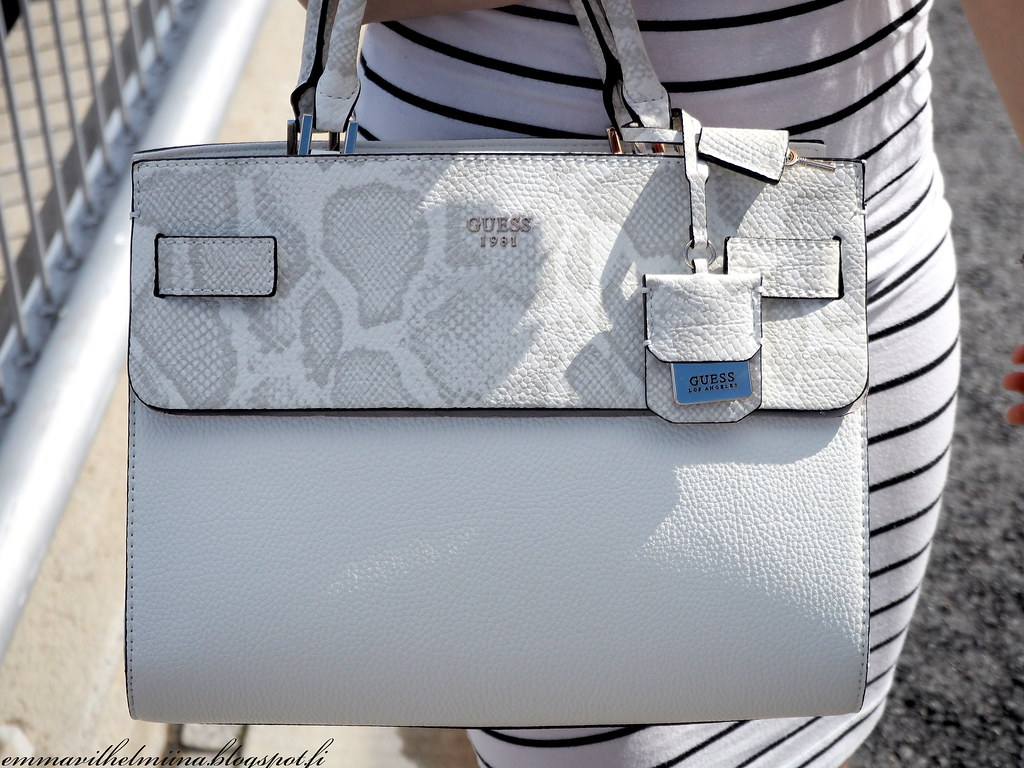 Guess white bag