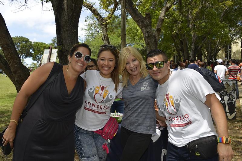 Feria de asociaciones estudiantiles
