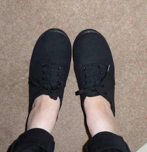 Primark black pumps