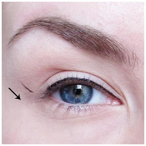 700_eyeliner_03-3