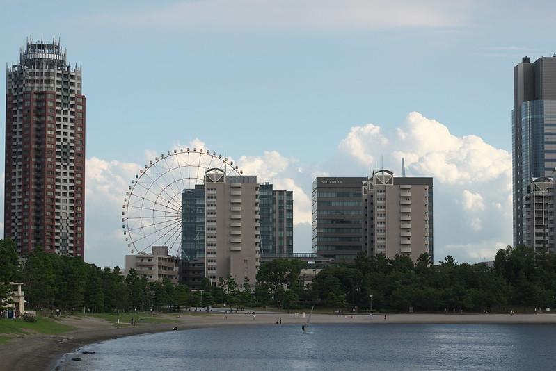 東京路地裏散歩 お台場の空