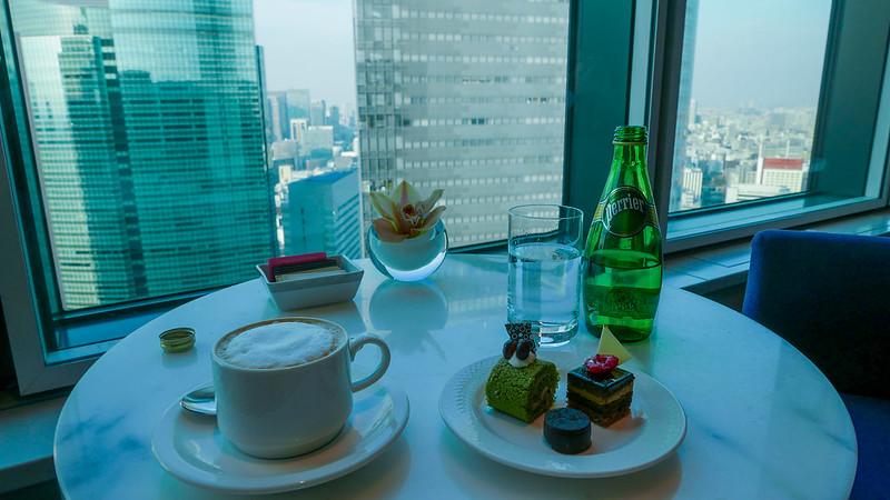 28597871831 2d3d6d39f9 c - REVIEW - Conrad Tokyo (Executive City Twin Room)