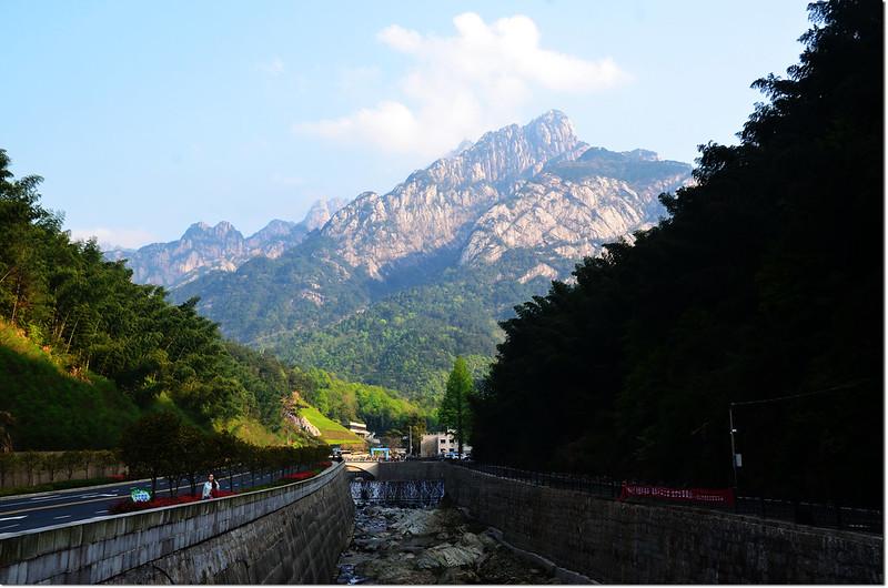 湯口望黃山 (3)