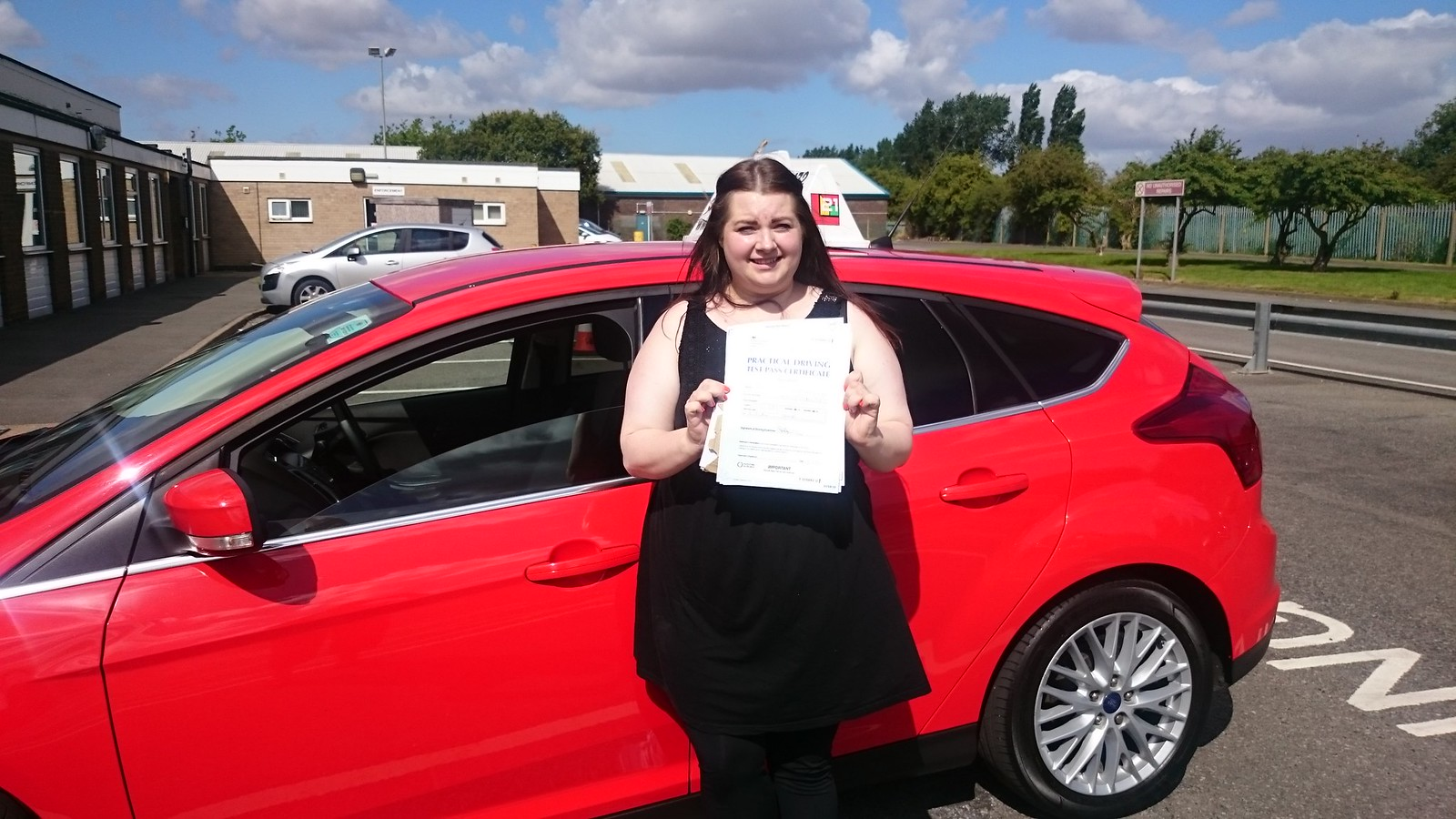 Danielle Jackson passes driving test in grimsby with 21st Century Driving