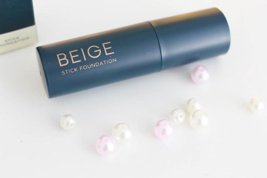 Beige foundation stick 3