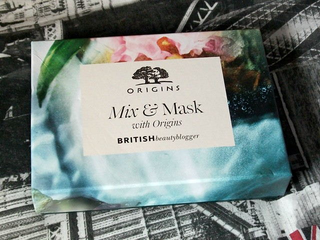Latest-in-Beauty-Mix-And-Mask-Box