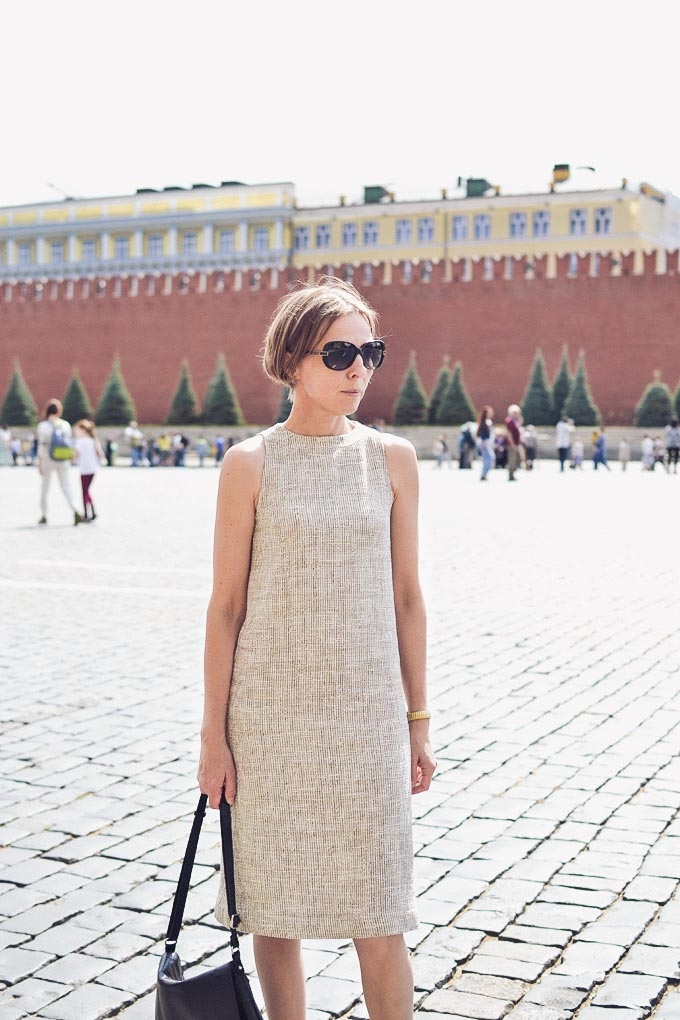 streetstyle_boucle_shift_dress-06