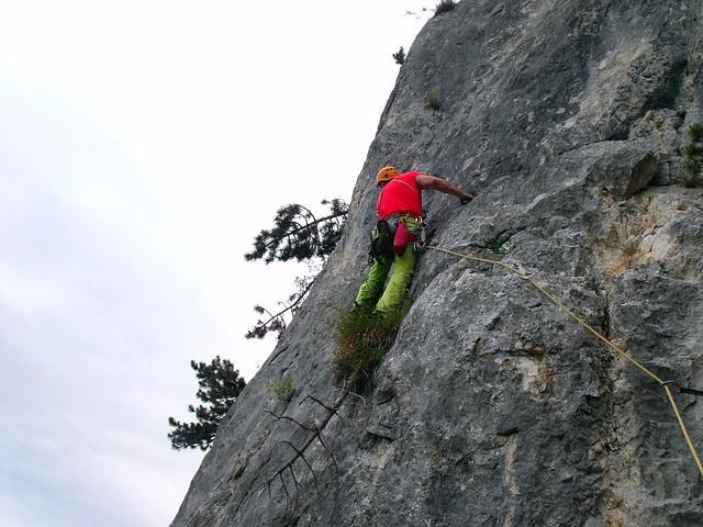 Hohe Wand Pyramide Elfenstaub 115 m (6+) Engelsplatte 60 m (7-)