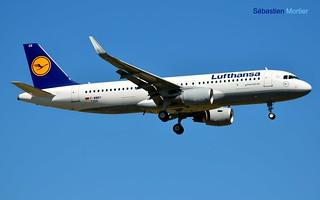 320.214-SHK LUFTHANSA F-WWBY 7256 TO D-AIUX 25 08 16 TLS