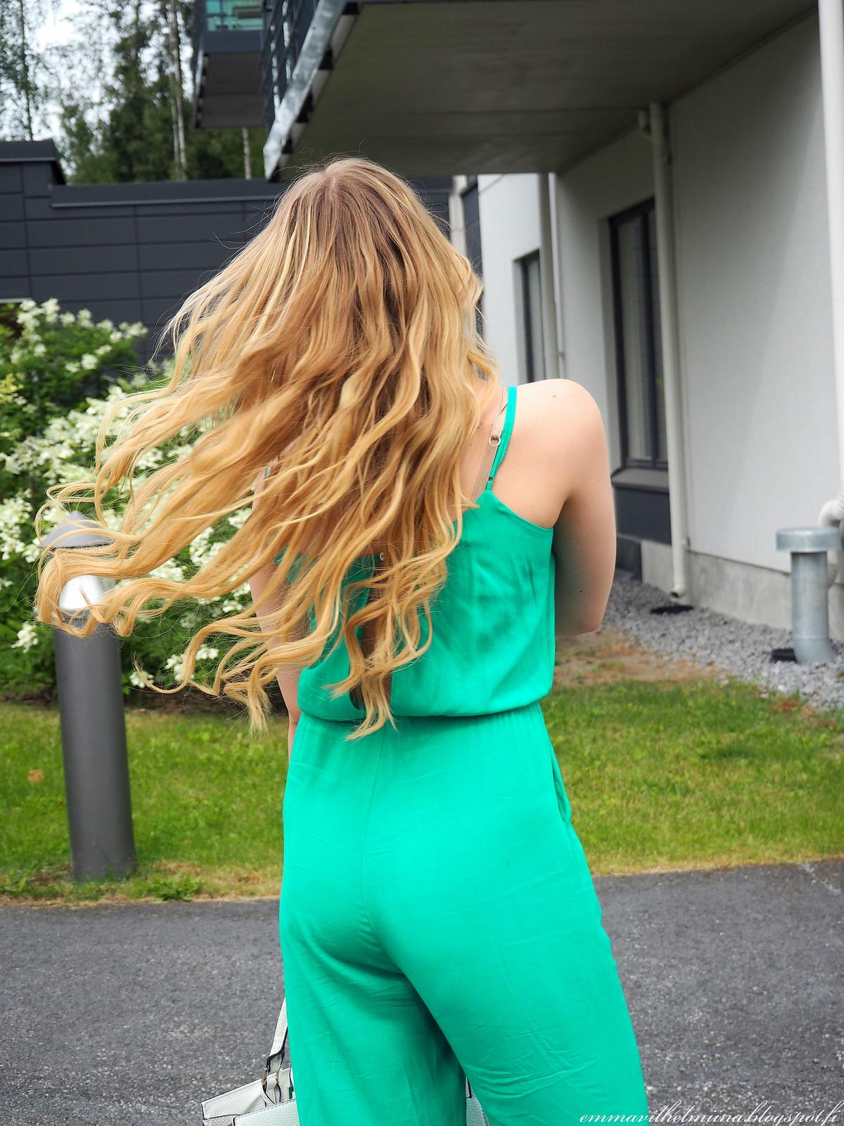 hiustenpidennykset vaalea