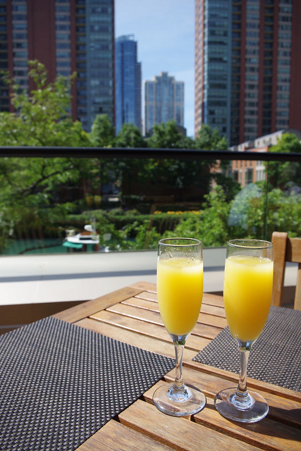 Pinstripes Streeterville Brunch
