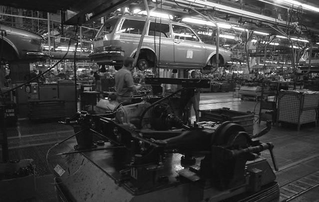 Завод Volkswagen в Вольфсбурге. Сборка VW 412 Variant. 23 января 1973 года