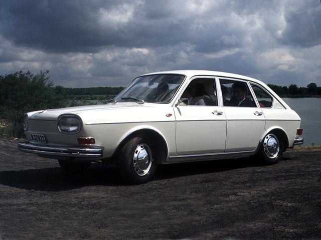 Четырёхдверный седан Volkswagen 411. 1968 – 1972 годы