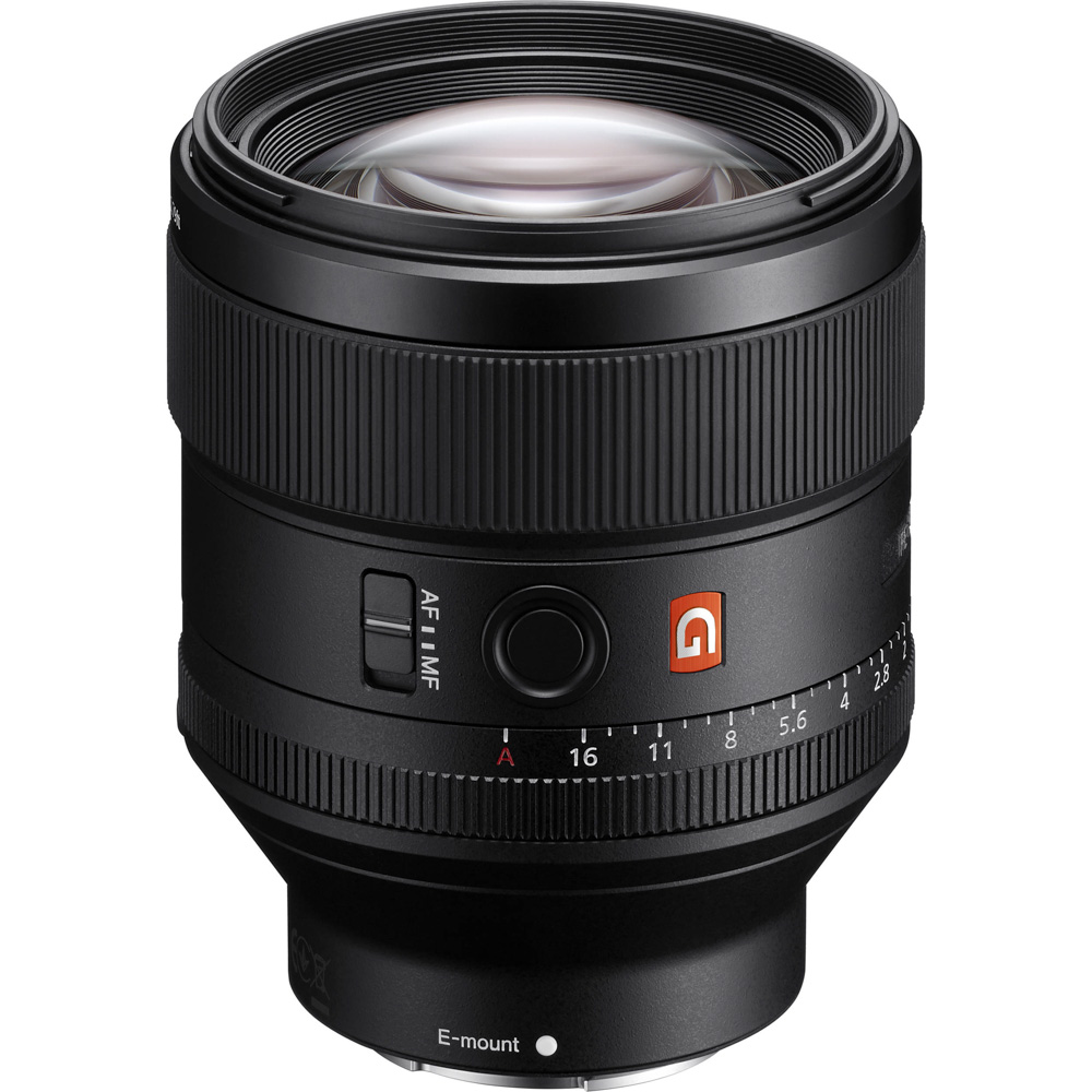 0cf3a18b2e The 85mm G-Master lens features 11 elements in 8 groups